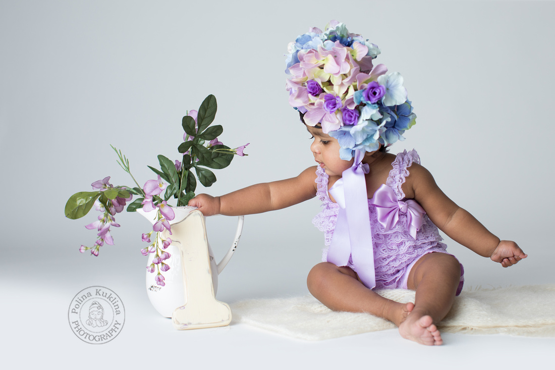 Photographing your child's first birthday.