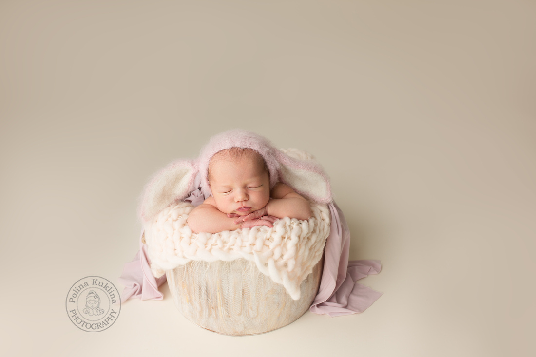 In Studio Newborn portrait